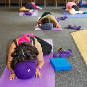 Yoga Restorative